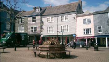 Starting a business in Totnes